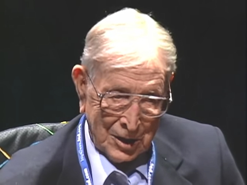 John Wooden - The Difference Between Succeeding And Winning